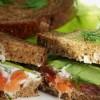 Сэндвичи с семгой и сыром «Ронделе»