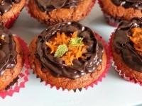 Шоколадно-апельсиновые маффины с шоколадным ганашем.
