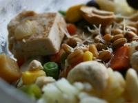Вегетарианский рис с тофу.